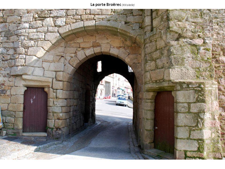 La porte Broërec (XIII siècle)