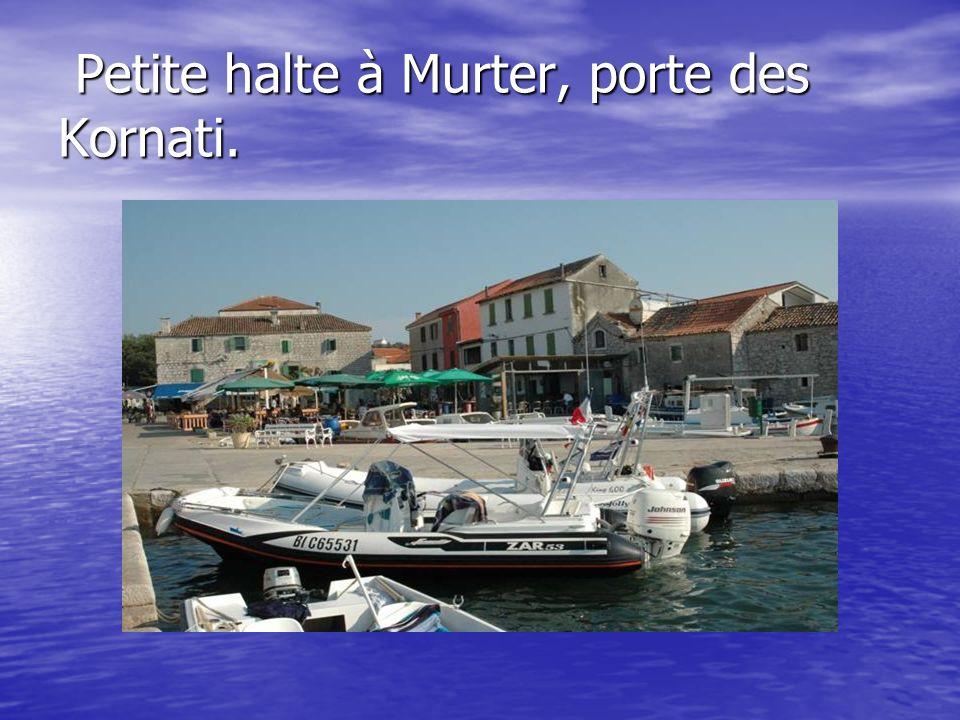 Petite halte à Murter, porte des Kornati.