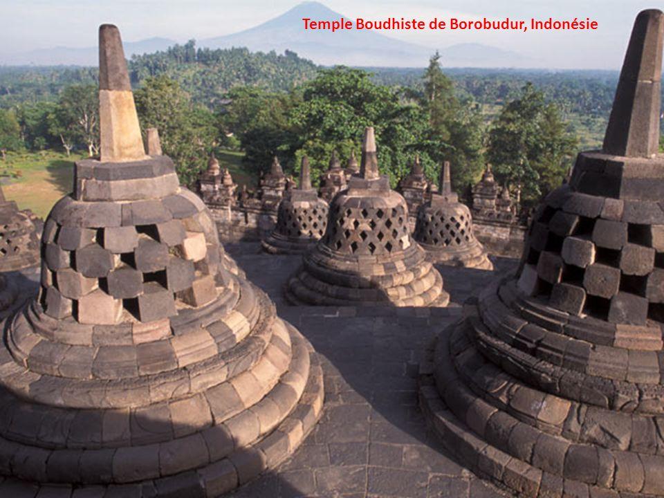 Temple Boudhiste de Borobudur, Indonésie