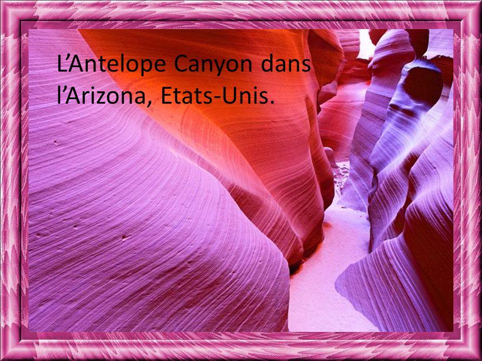 L'Antelope Canyon dans l'Arizona, Etats-Unis.