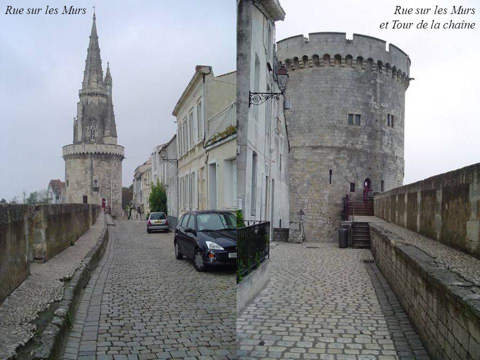 Rue sur les Murs Rue sur les Murs et Tour de la chaîne 51