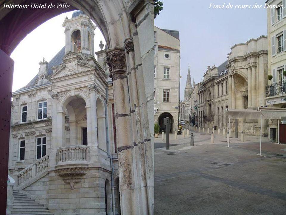 Intérieur Hôtel de Ville Fond du cours des Dames