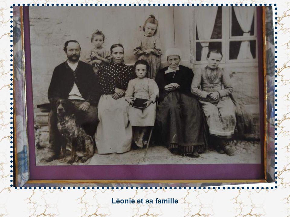 Léonie et sa famille