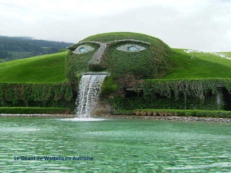 Le Géant de Wattens en Autriche