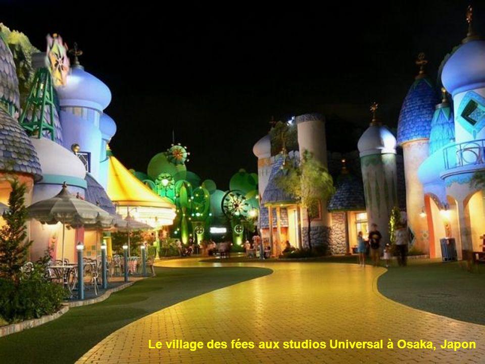 Le village des fées aux studios Universal à Osaka, Japon