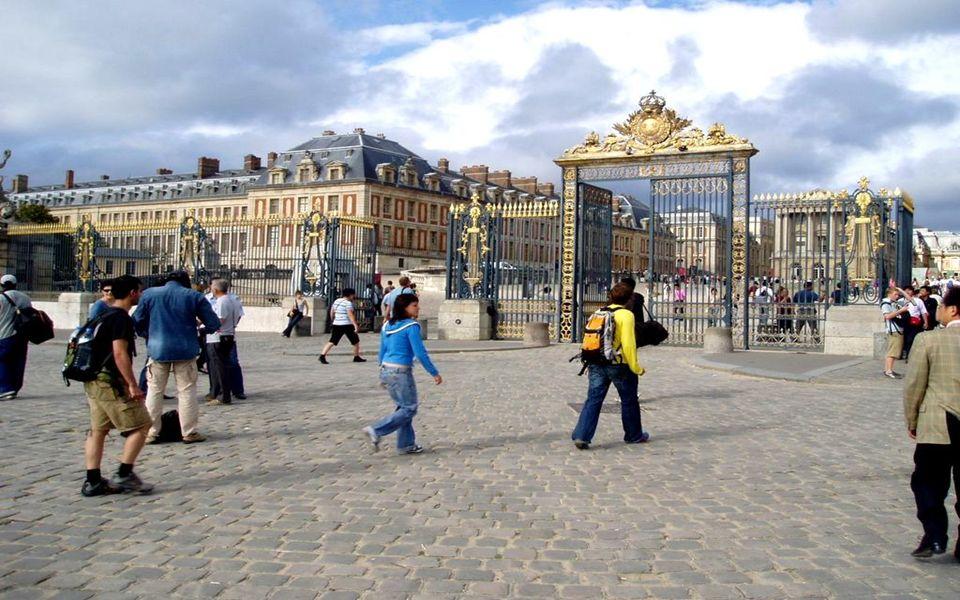 Entrée des touristes chez Louis XIV