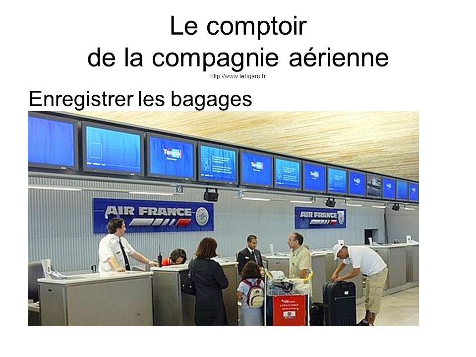 Le comptoir de la compagnie aérienne http://www.lefigaro.fr