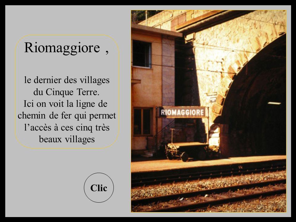 Riomaggiore , le dernier des villages du Cinque Terre.