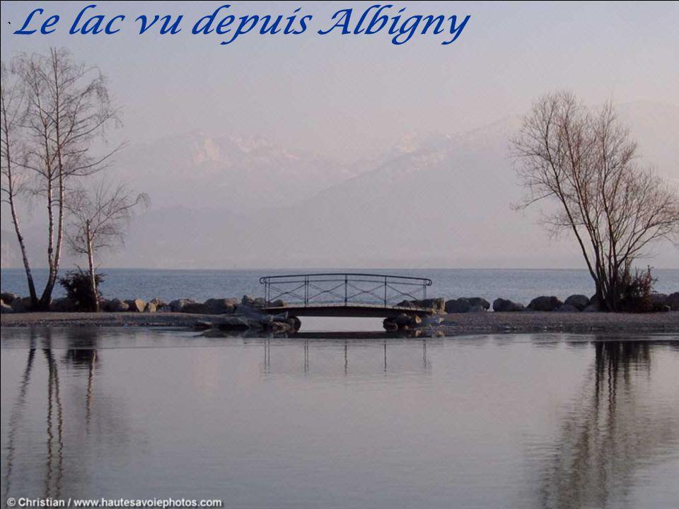 `Le lac vu depuis Albigny