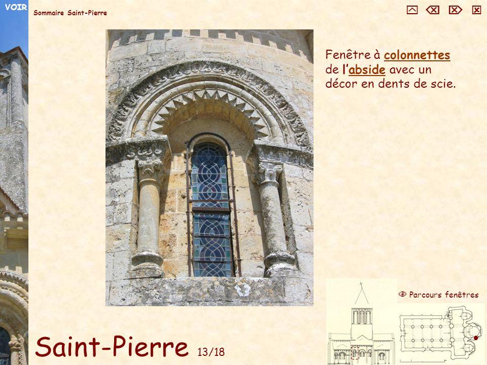 VOIR     Sommaire Saint-Pierre. Fenêtre à colonnettes de l'abside avec un décor en dents de scie.