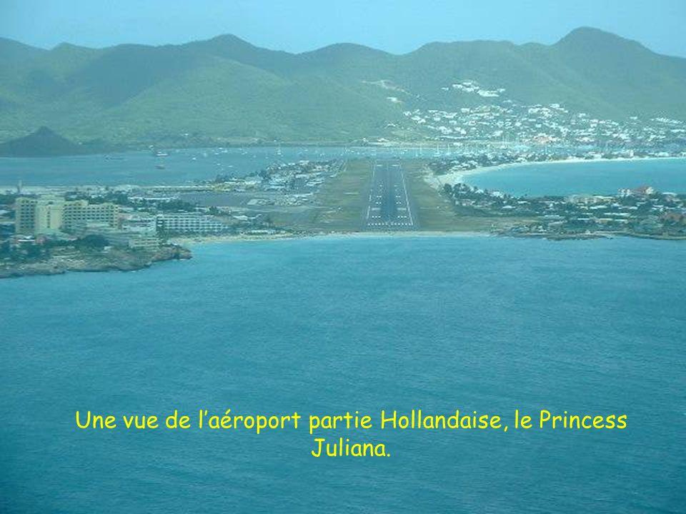 Une vue de l'aéroport partie Hollandaise, le Princess Juliana.