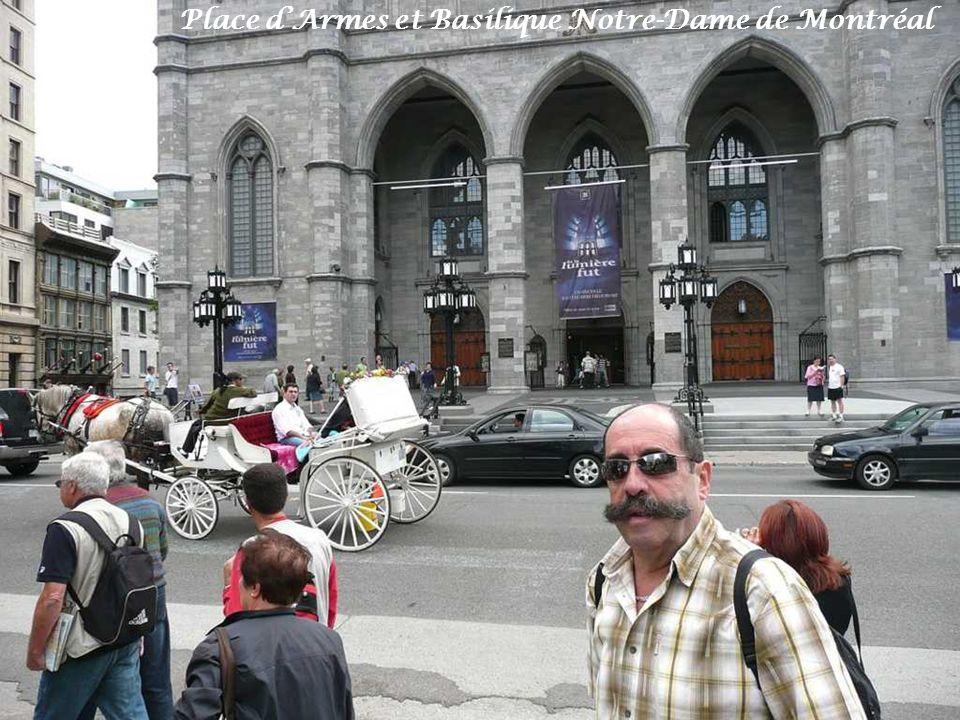 Place d'Armes et Basilique Notre-Dame de Montréal