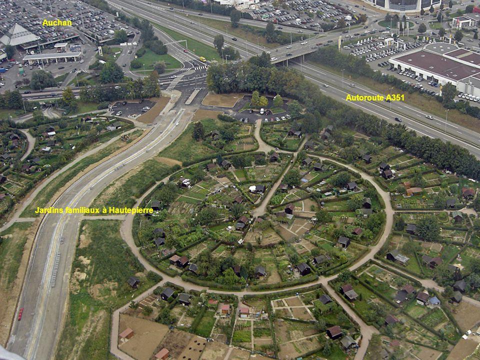 Auchan Autoroute A351 Jardins familiaux à Hautepierre