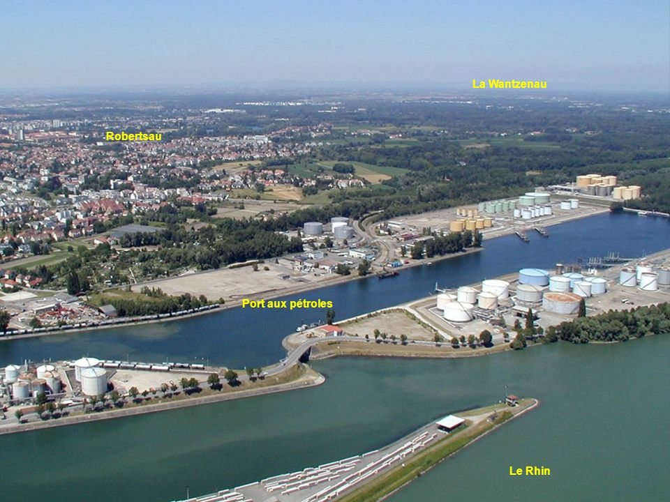 La Wantzenau Robertsau Port aux pétroles Le Rhin