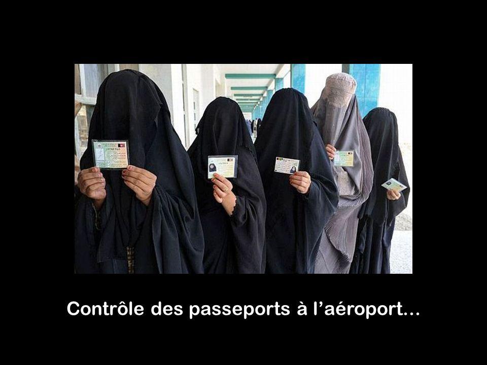 Contrôle des passeports à l'aéroport...