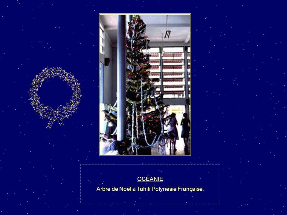 Arbre de Noel à Tahiti Polynésie Française.