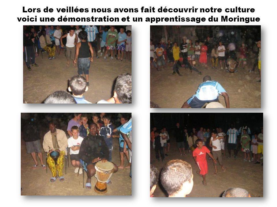 Lors de veillées nous avons fait découvrir notre culture voici une démonstration et un apprentissage du Moringue