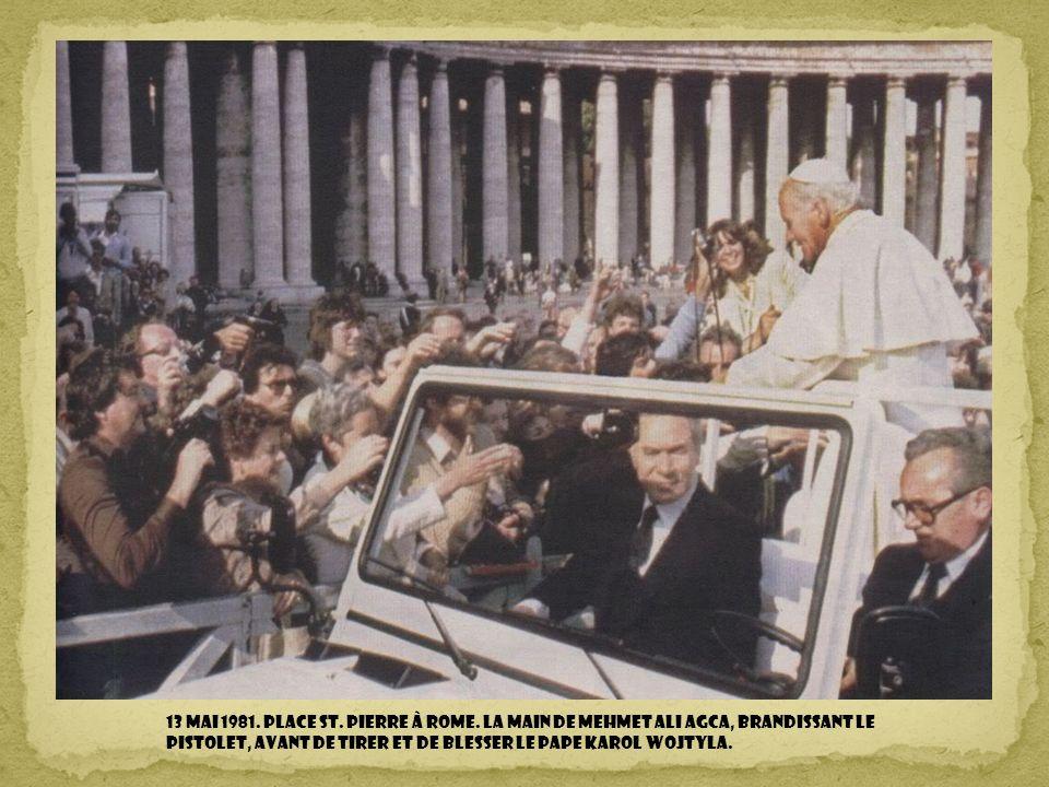 13 mai 1981. Place St. Pierre à Rome