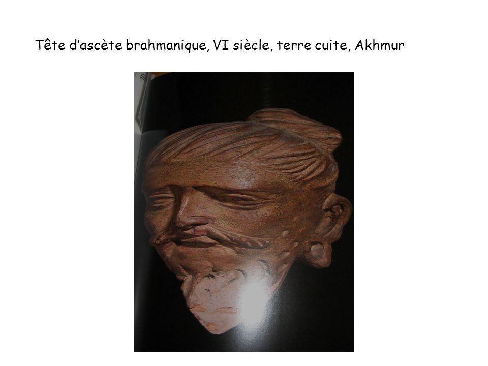 Tête d'ascète brahmanique, VI siècle, terre cuite, Akhmur
