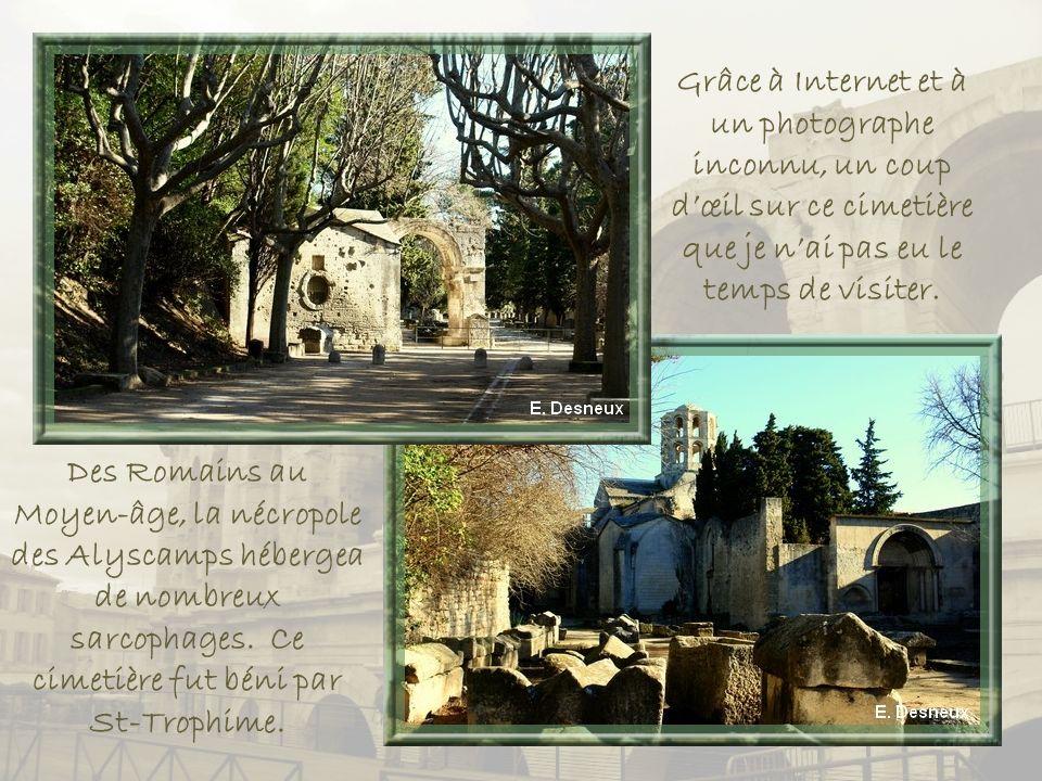Grâce à Internet et à un photographe inconnu, un coup d'œil sur ce cimetière que je n'ai pas eu le temps de visiter.