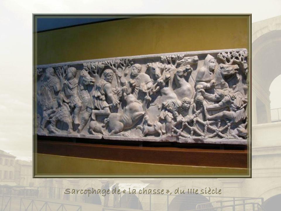 Sarcophage de « la chasse », du IIIe siècle