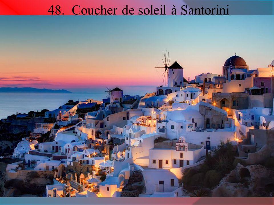 48. Coucher de soleil à Santorini