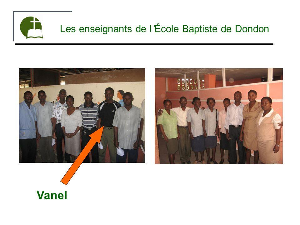 Les enseignants de l'École Baptiste de Dondon
