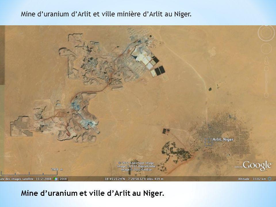 Mine d'uranium et ville d'Arlit au Niger.