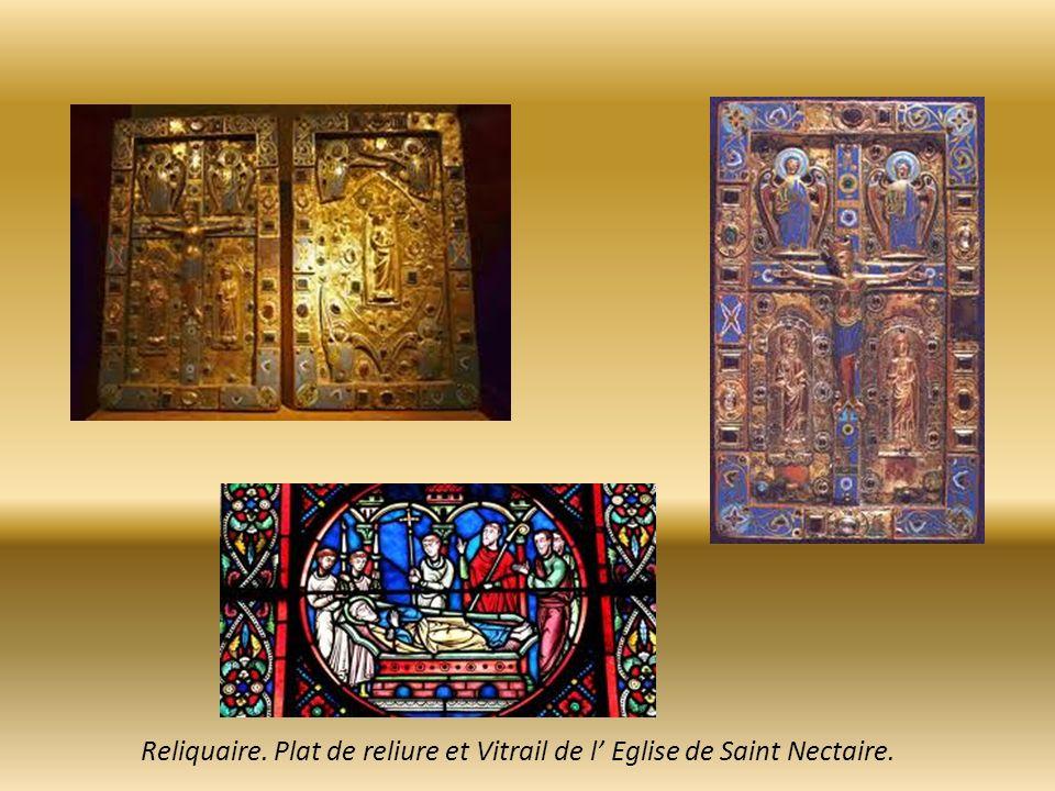 Reliquaire. Plat de reliure et Vitrail de l' Eglise de Saint Nectaire.