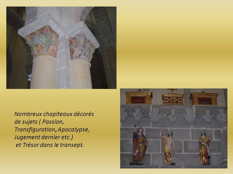 Nombreux chapiteaux décorés de sujets ( Passion, Transfiguration, Apocalypse, Jugement dernier etc.)