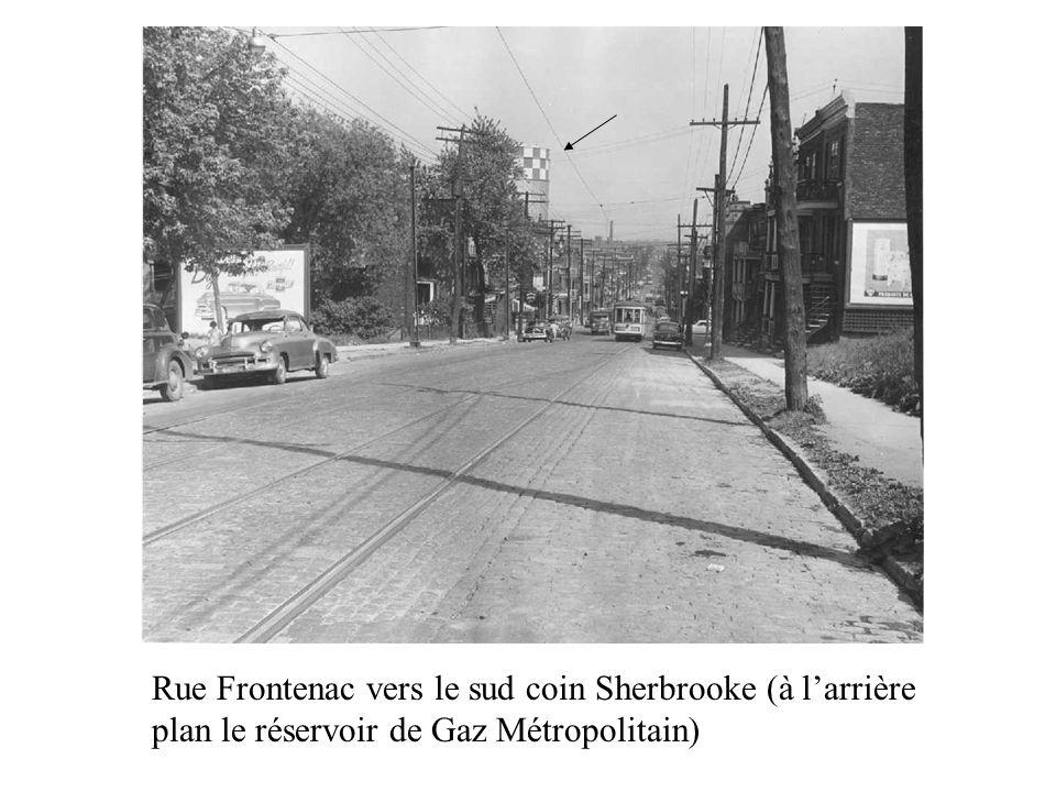 Rue Frontenac vers le sud coin Sherbrooke (à l'arrière plan le réservoir de Gaz Métropolitain)
