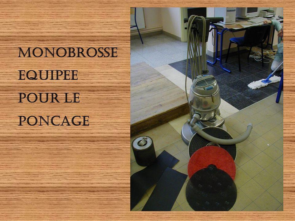 MONOBROSSE EQUIPEE POUR LE PONCAGE