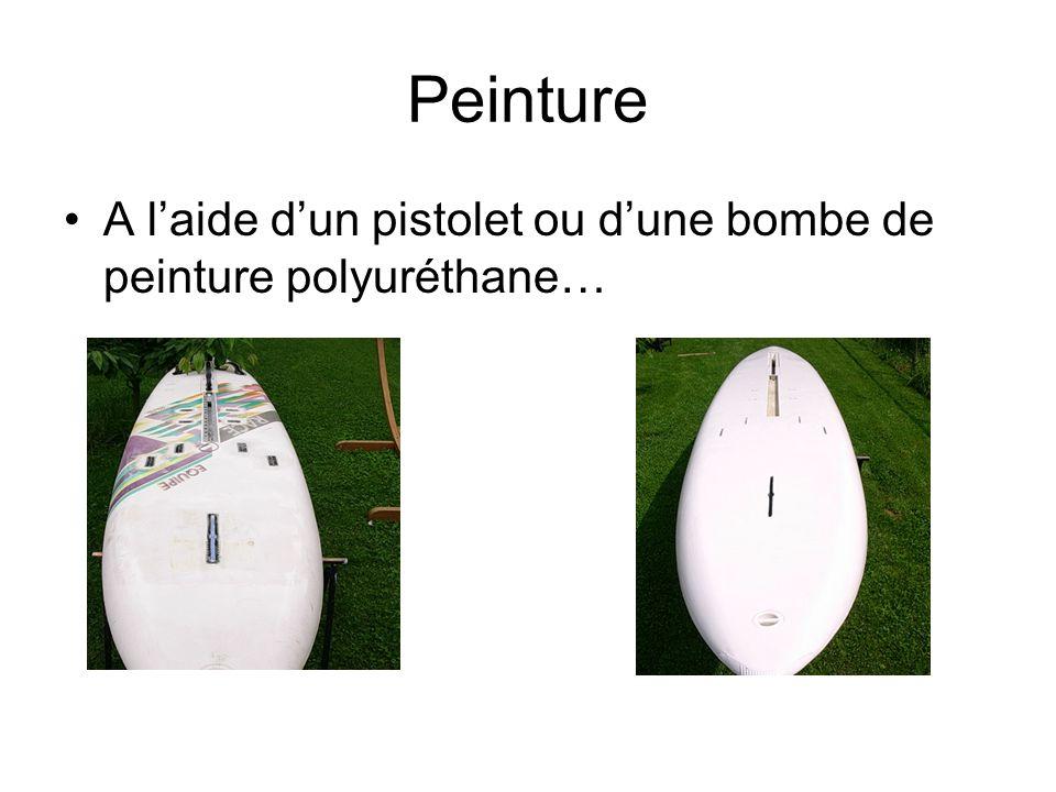 Peinture A l'aide d'un pistolet ou d'une bombe de peinture polyuréthane…