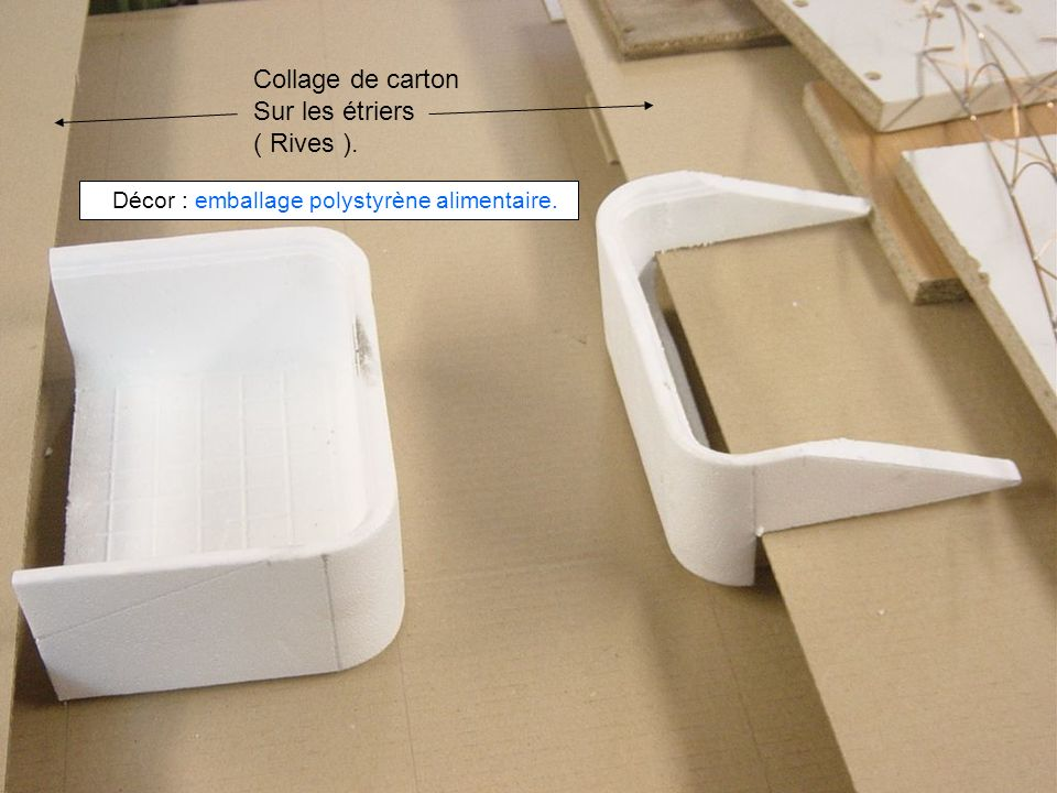 Décor : emballage polystyrène alimentaire.
