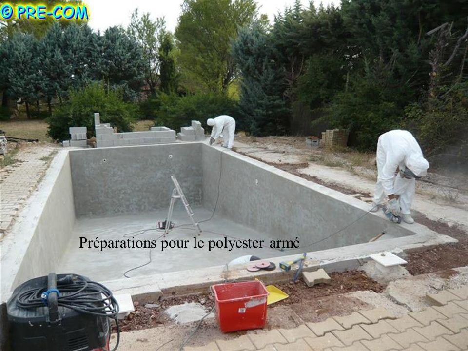 Préparations pour le polyester armé
