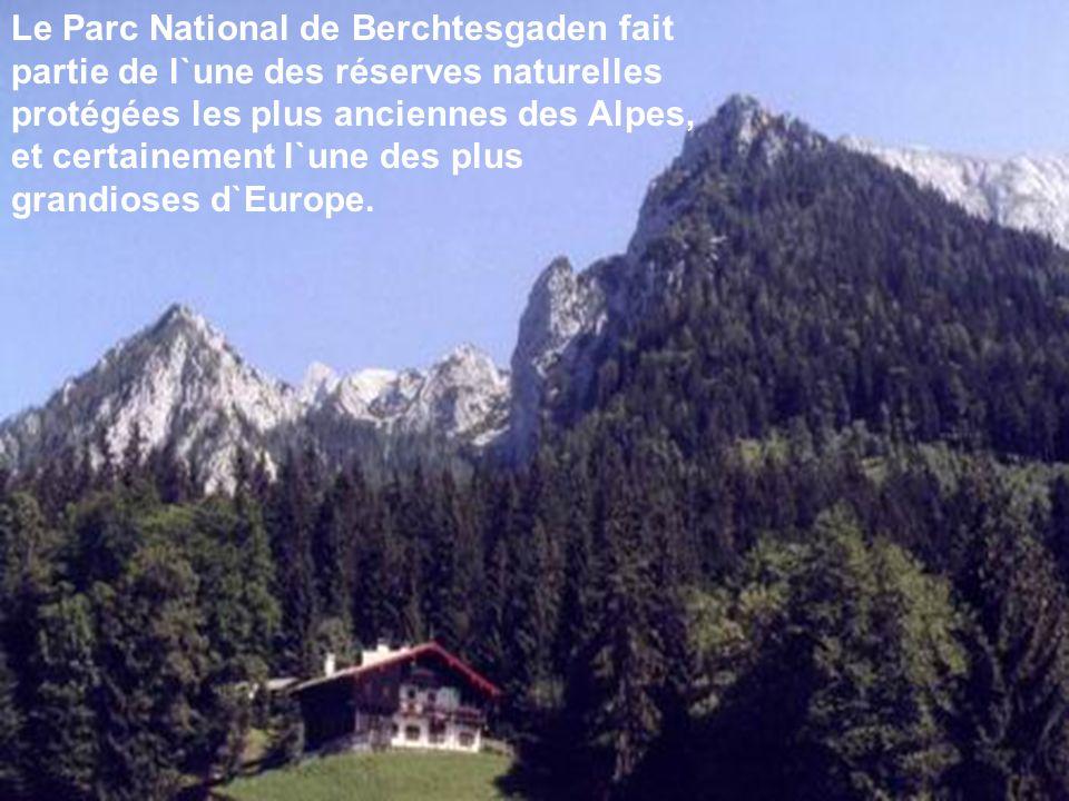 Le Parc National de Berchtesgaden fait partie de l`une des réserves naturelles protégées les plus anciennes des Alpes, et certainement l`une des plus grandioses d`Europe.