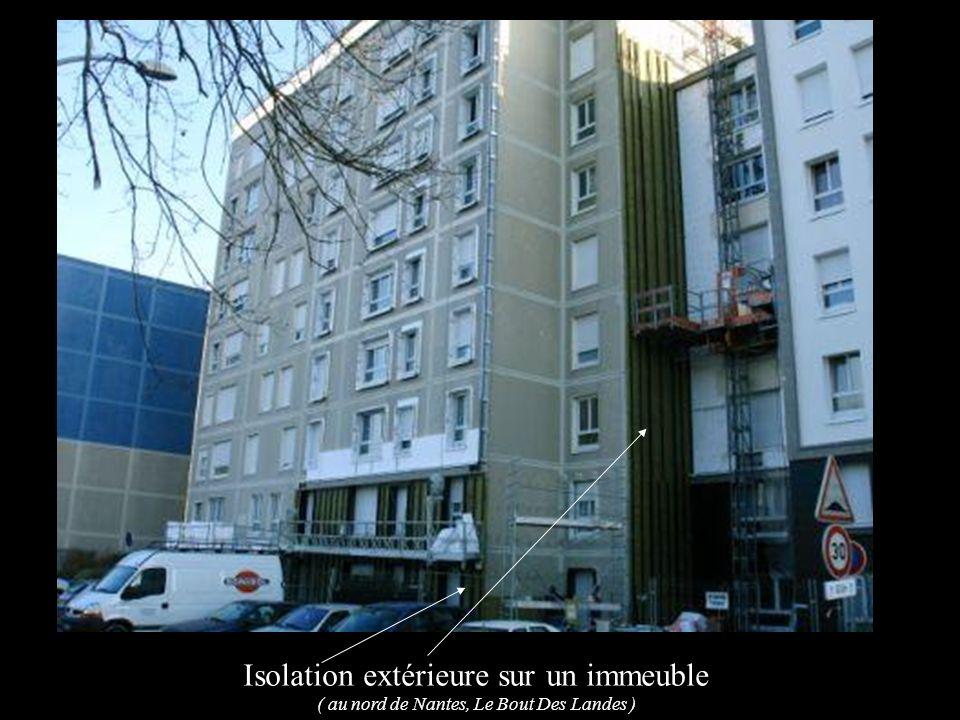 Isolation extérieure sur un immeuble ( au nord de Nantes, Le Bout Des Landes )
