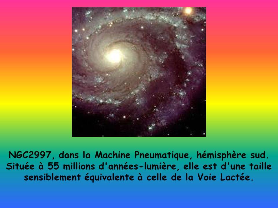 NGC2997, dans la Machine Pneumatique, hémisphère sud.