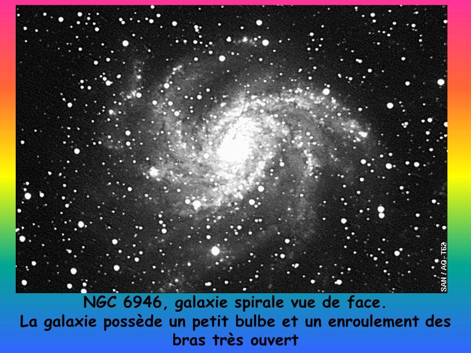 NGC 6946, galaxie spirale vue de face.