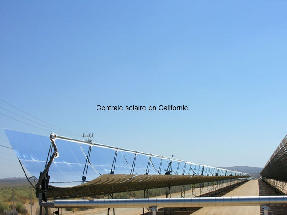 A partir de 2020, l'électricité solaire pourrait même devenir l'option énergétique la plus abordable. D'ici 2050, les importations en provenance d'Afrique du Nord pourraient couvrir environ 15% de la demande nationale allemande en électricité. Particulièrement sûre et disponible, cette ressource renouvelable apporterait une excellente contribution au mix énergétique global. Théoriquement, un millième de la superficie des déserts suffirait à couvrir la demande mondiale en électricité ,