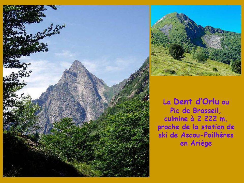 La Dent d'Orlu ou Pic de Brasseil, culmine à 2 222 m, proche de la station de ski de Ascou-Pailhères en Ariège
