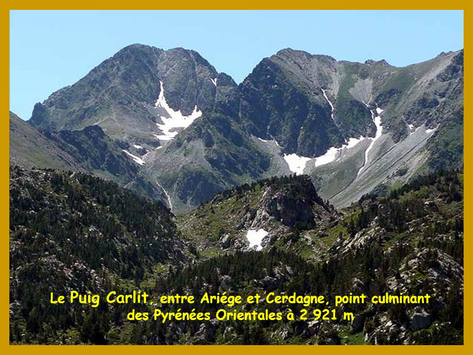 Le Puig Carlit, entre Ariége et Cerdagne, point culminant des Pyrénées Orientales à 2 921 m