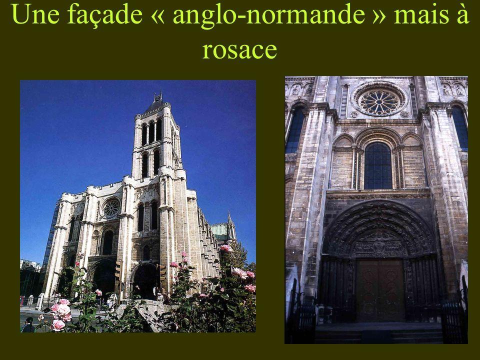 Une façade « anglo-normande » mais à rosace