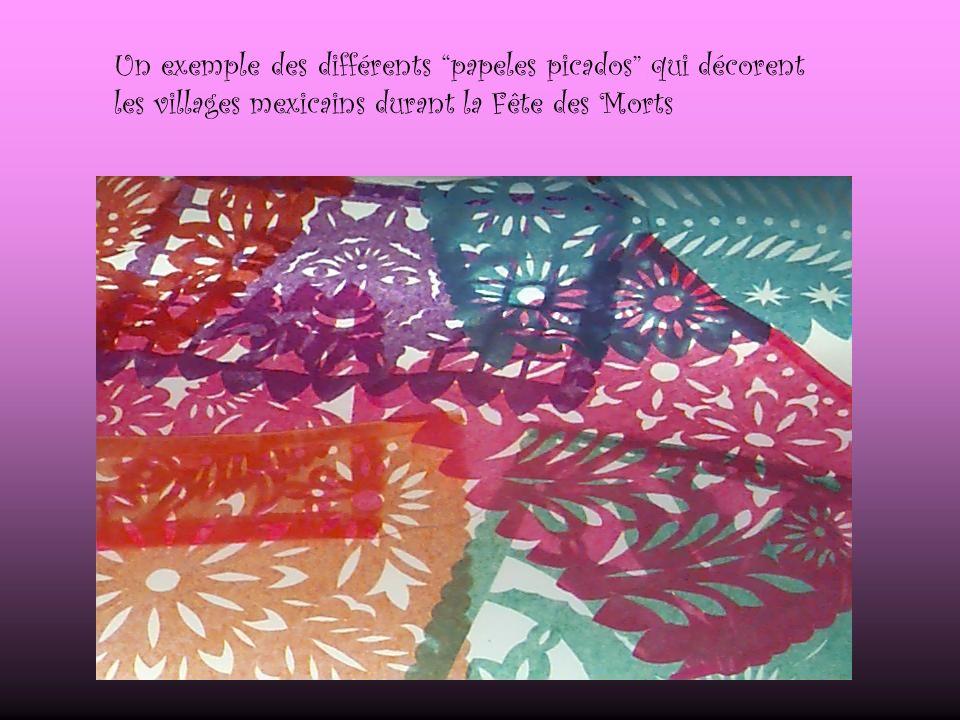 Un exemple des différents papeles picados qui décorent les villages mexicains durant la Fête des Morts