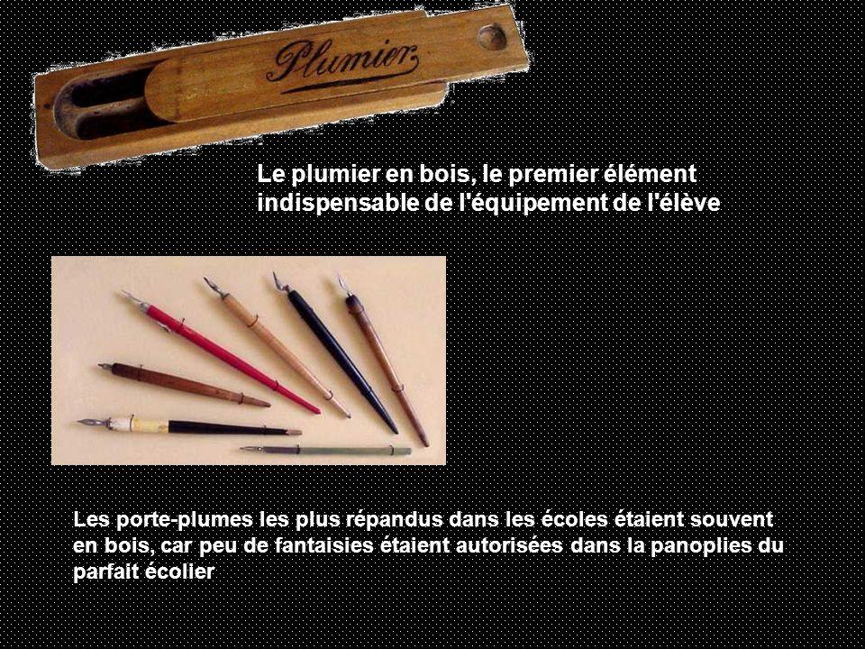 Le plumier en bois, le premier élément indispensable de l équipement de l élève
