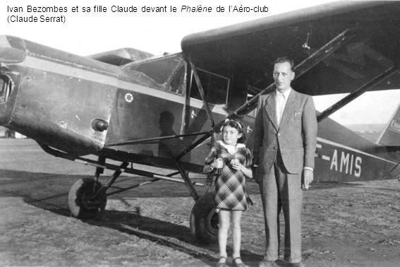 Ivan Bezombes et sa fille Claude devant le Phalène de l'Aéro-club (Claude Serrat)