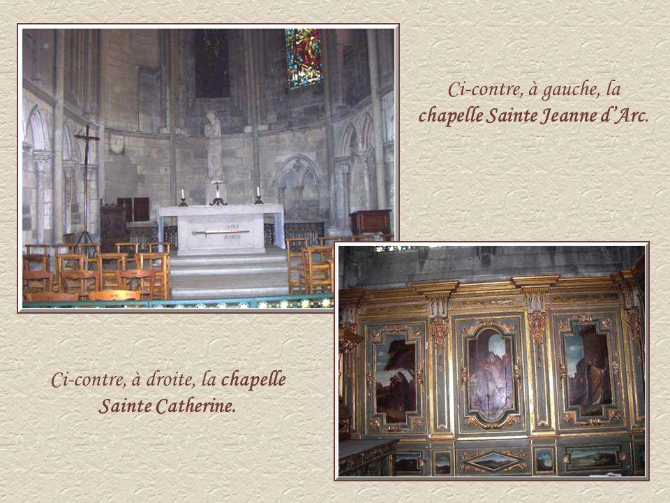 Ci-contre, à gauche, la chapelle Sainte Jeanne d'Arc.