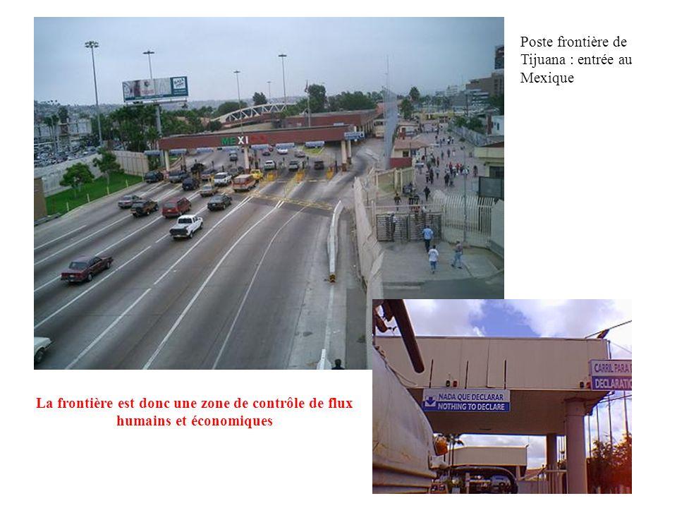 Poste frontière de Tijuana : entrée au Mexique