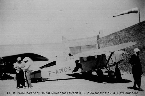 Le Caudron Phalène du Cnl Vuillemin dans l'alvéole d'El-Goléa en février 1934 (Alex Perrichon)