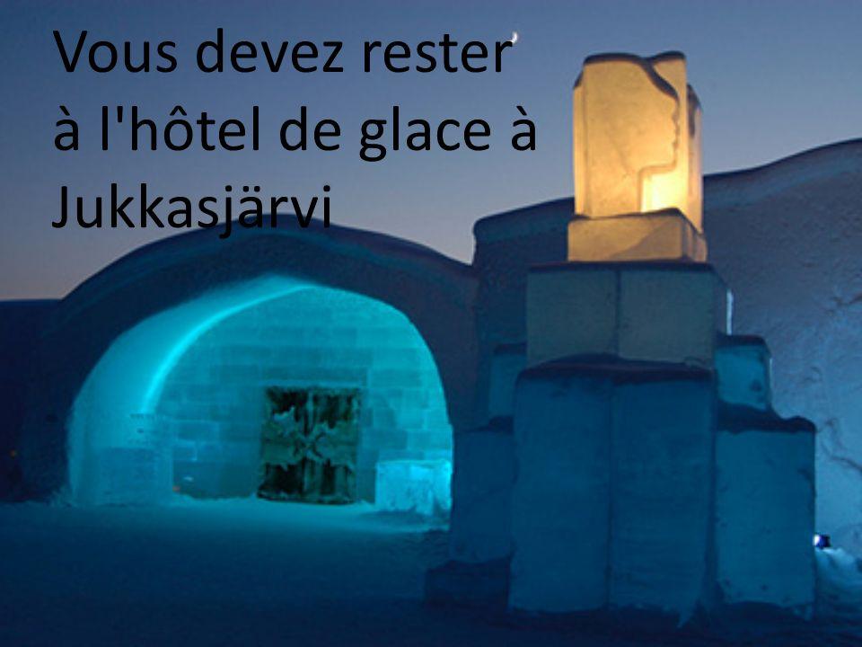 Vous devez rester à l hôtel de glace à Jukkasjärvi